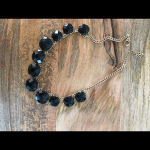 Black stylist necklace
